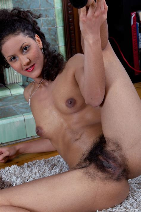 Images if hairy middle eastern pussy
